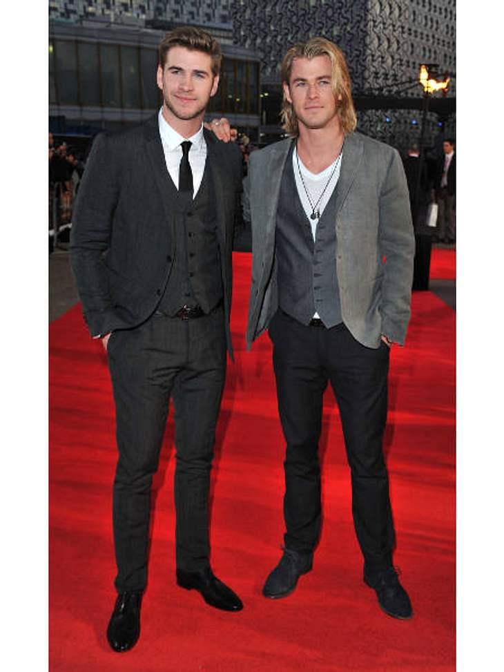 """Die heißesten Promi-GeschwisterSchwer zu sagen, welcher der beiden Hemsworth-Brüder nun der heißere ist: Die australischen Schauspieler Liam Hemsworth (22, l., """"Die Tribute von Panem"""") Chris Hemsworth (28, r., """"Thor"""") ha"""