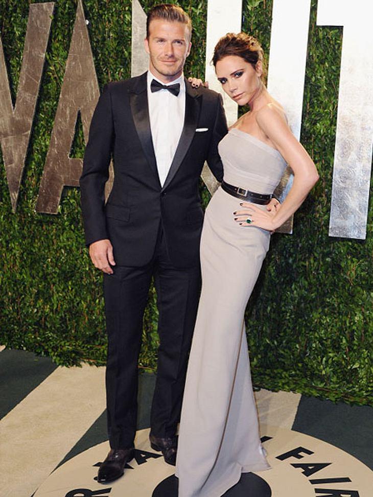 Liebesbeweise der Stars1999 haben Victoria (38) und David (37) Beckham geheiratet. Natürlich ist eine Ehe immer ein Liebesbeweis. Und damit dieser nicht in Vergessenheit gerät, erneuern sie ihr Eheversprechen seit 2006 alle drei Jahre an ih