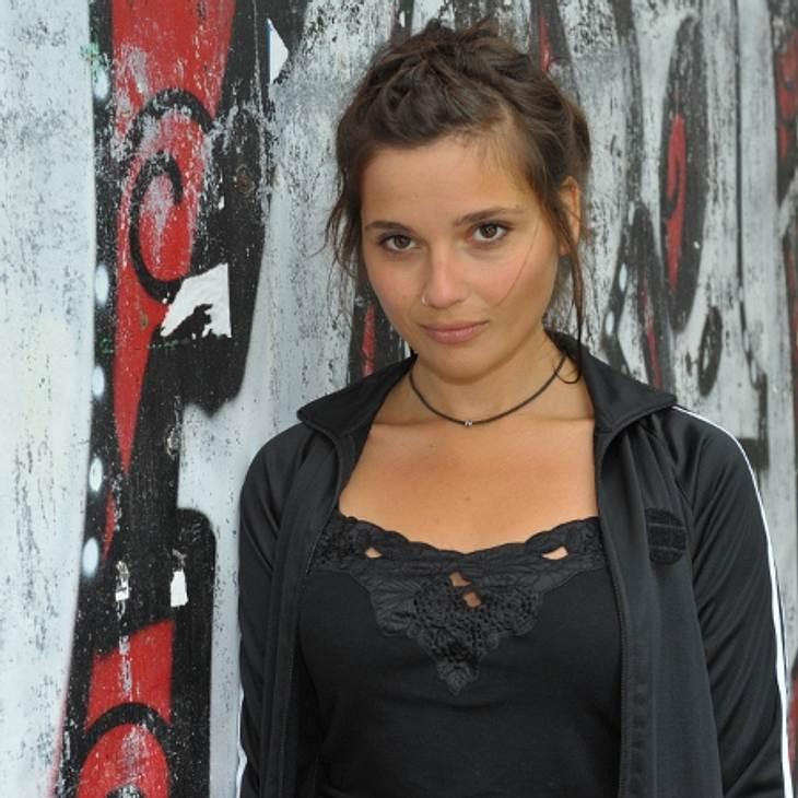 Linda Marlen Runge spielt die lesbische Anni.