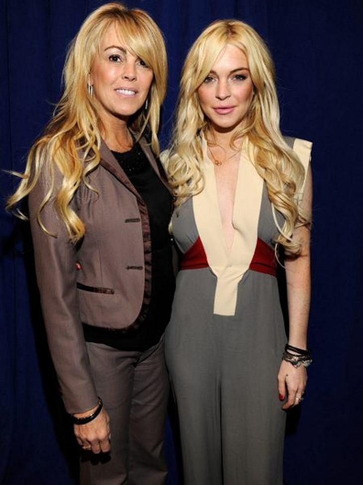 Peinliche Promi-ElternEigentlich macht Lindsay Lohan (26) nur das, was ihre Mutter Dina (49) ihr immer vorgelebt hat. Party, Alkohol und Drogen! Tolles Vorbild!