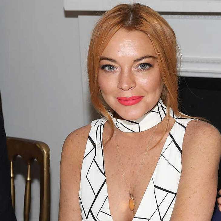 Lindsay Lohan tritt Hausarrest an OK! Magazin