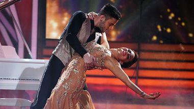 Luca Hänni und Christina Luft - Foto: TVNOW/ Stefan Gregorowius
