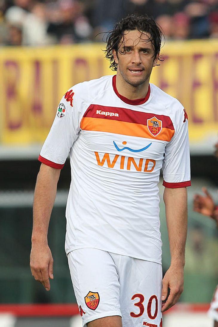 Sexy, aber leider nicht dabei: Der italiniensiche Fußballspieler wurde am 26. Mai 1977 in Pavullo nel Frignano, Italien geboren. Er wurde leider nicht für die WM nominiert.