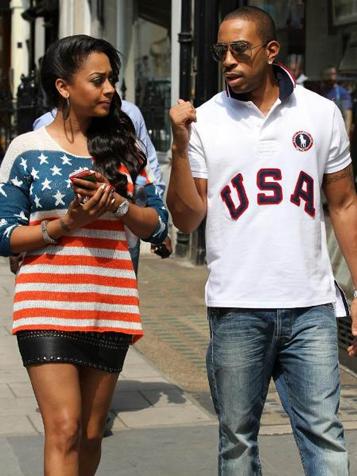 Die Promis stehen auf Stars and StripesPatriotismus im Doppelpack: Ludacris (35) und Schauspielerin La La Vazquez (33) stellen gemeinsam die Verbundenheit zu ihrem Heimatland unter Beweis.,