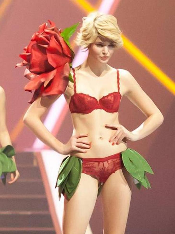 Luisa Hartma modelt für die Dessous-Marke Beldona