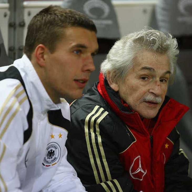 Lukas Podolski trauert um Physiotherapeut Adolf Katzenmeier!