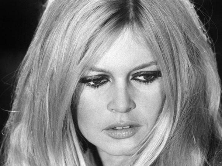 Die größten Luxus-DivenDie blonde Schönheit Brigitte Bardot war eine Sex-Ikone der Sixties. Sie liebte St. Tropez und Männer wie Gunter Sachs.>> Die schönsten Showbiz Legenden