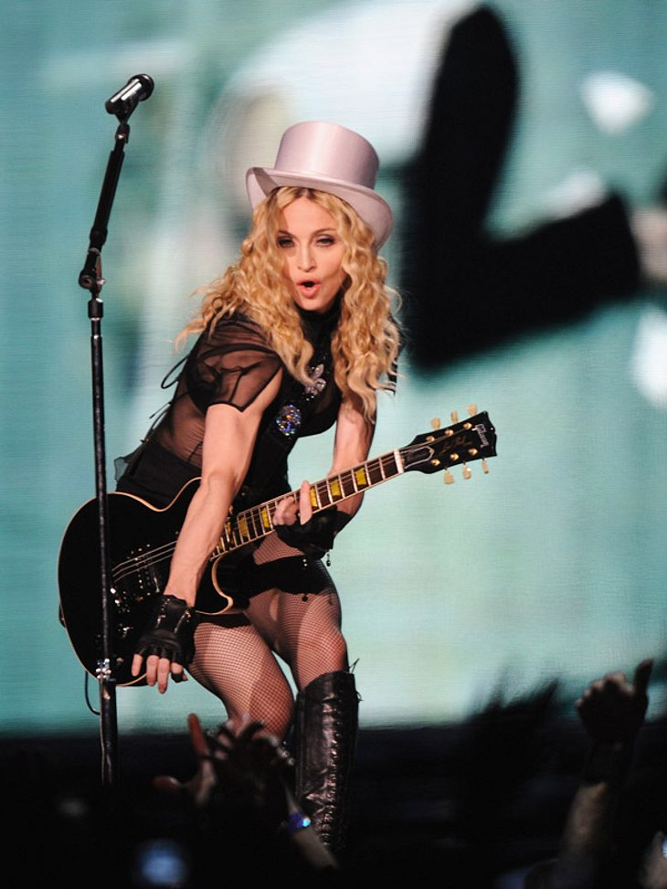 Nicht nur auf der Bühne gibt Madonna alles - sonst turnt sie durch die Fitnessstudios!
