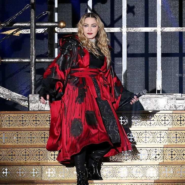 Madonna soll während ihrer Show total betrunken gewirkt haben