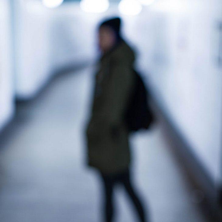 Frau (23) mit Astsäge vergewaltigt!