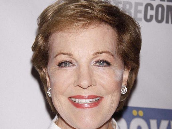 Die Make-Up-Pannen der StarsJulie Andrews (76) sieht zwar noch blendend aus für ihr Alter, doch die Extra-Portion Puder hätte sie noch mal kontrollieren sollen.