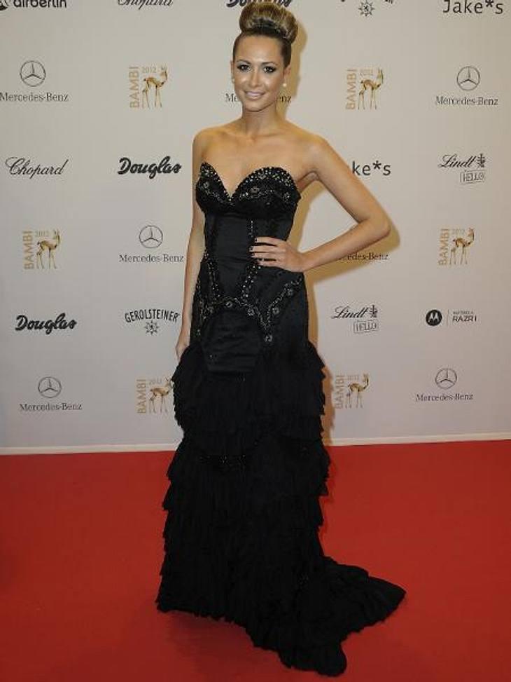 Bambi 2012 - Die Looks der StarsWie eine Hollywood-Diva: Mandy Capristo (22) hatte sich von Kopf bis Fuß auf glamourös gestylt.
