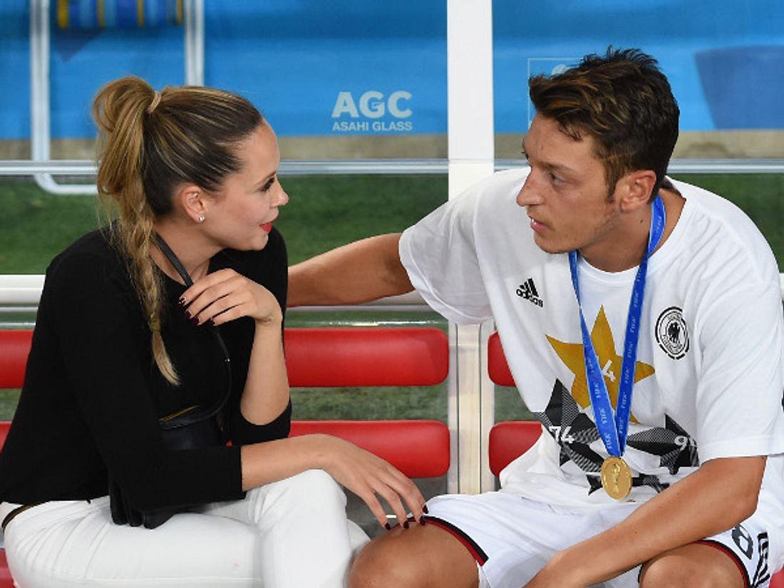 Mandy Capristo und Mesut Özil: Liebesurlaub? Fehlanzeige!