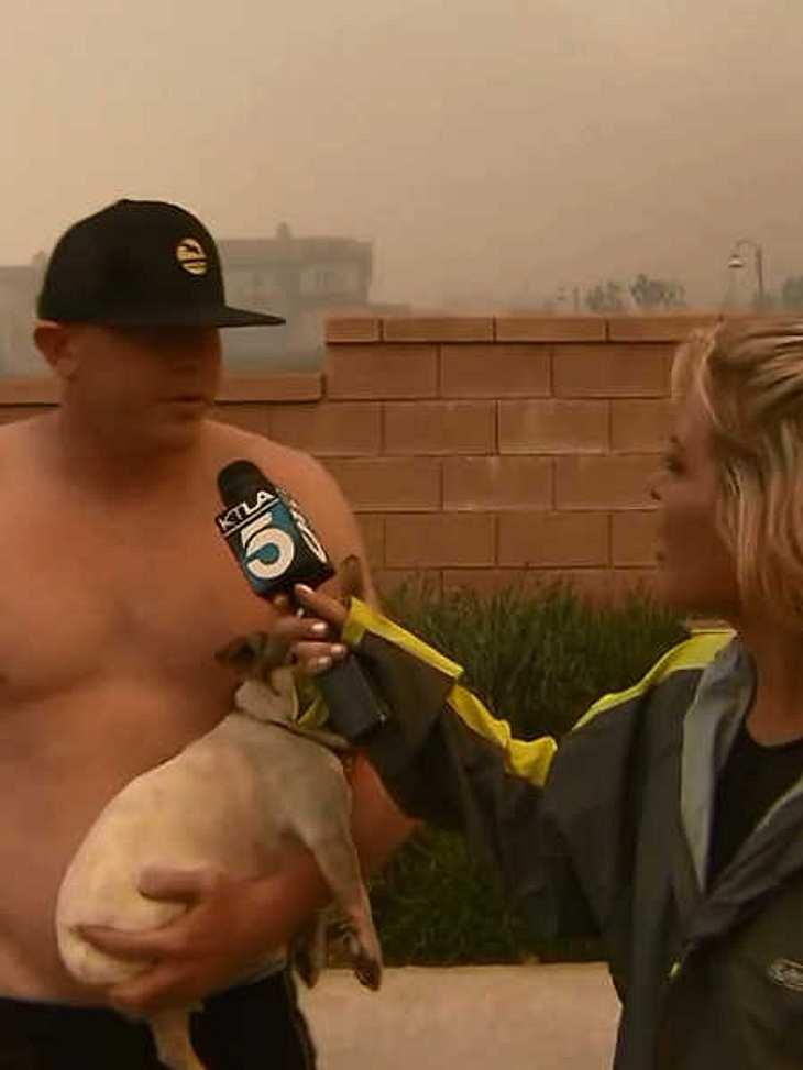 Der Mann wollte ein Date mit der Reporterin.