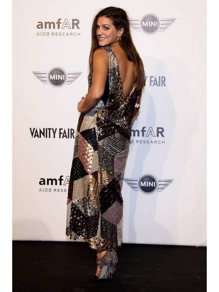 Pailletten-Abendkleider: Es geht auch unkonventioneller - wie bei Margherita Missoni - im Patchwork-Kleid mit Leo-Heels.