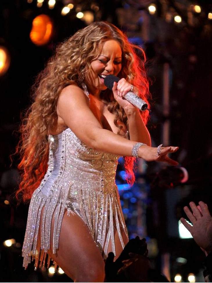 Ein dicker Hintern ist gesund! Diese Stars fühlen sich auch mit Rundungen pudelwohl!Mariah Carey ist dafür bekannt, ihre Figur praktisch halbjährlich zu wechseln. Einen prallen Hintern hat sie auch in ihren schlanken Phasen und schämt sich