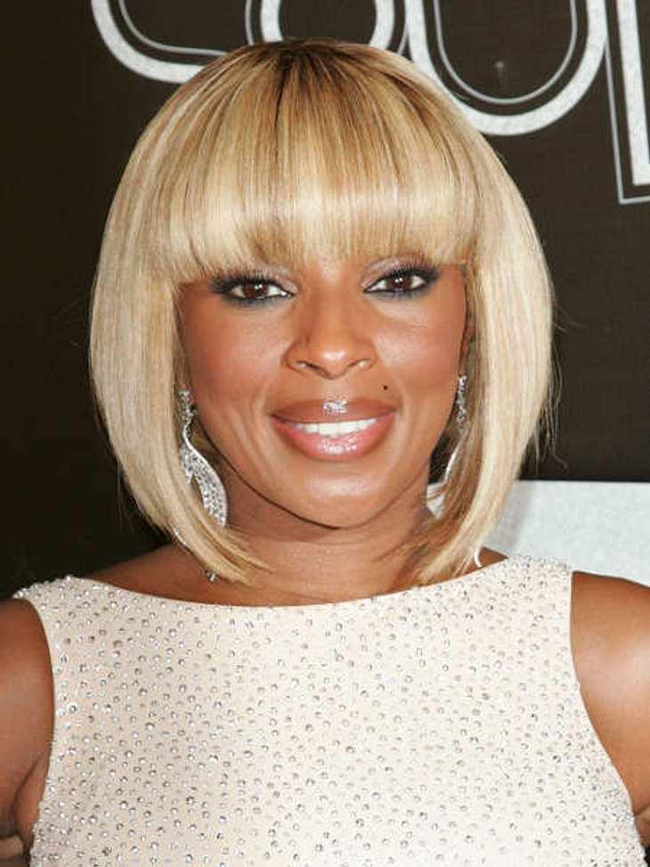 Star-Style: PonyDer Pagenkopf in Blond steht Mary J. Blige (40) ausgezeichnet. Bisher hatte sie Frisuren-technisch noch nicht so recht ihren Look gefunden.
