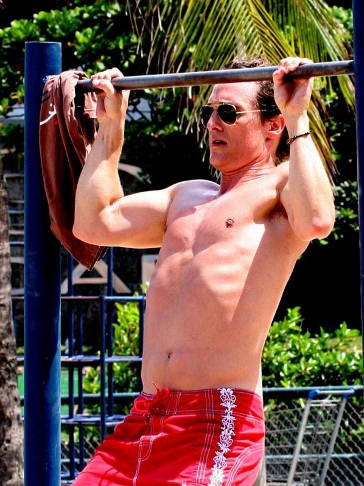Stars im Mager-Wahn: Die Abnehm-Schocker des JahresFit, sexy, durchtrainiert: Diese Bilder sind wir von Matthew McConaughey (43) gewöhnt. Der Schauspieler galt bisher als Frauenschwarm schlechthin. Doch das war einmal...