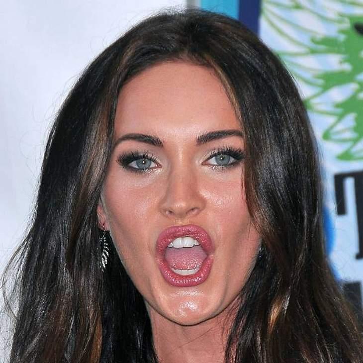 """VIP-Grimassen: Einmal komisch gucken, bitte!""""Ey, B****. Geh mir aus'm Bild!"""" Rumprollen kann  Megan Fox besonders gut."""