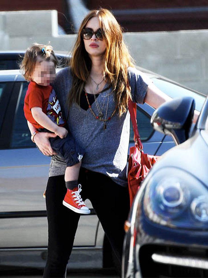 Megan Fox ist nach der Geburt ihres Sohnes wieder rank und schlank