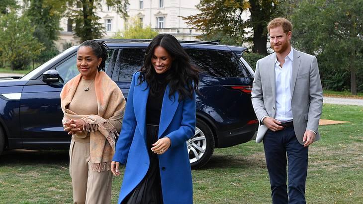 Schwangere Herzogin Meghan: Mutter Doria ist in London angekommen