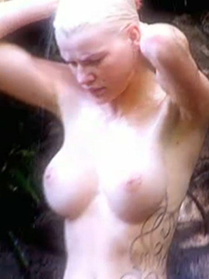 Melanie Müller macht sich nackt