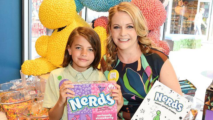 """Melissa Joan Hart mit Sohn Braydon bei """"Sweetharts"""""""
