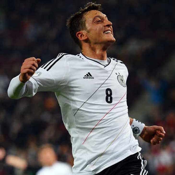 Mesut Özil: Erster Facebook-Post nach Trennung!