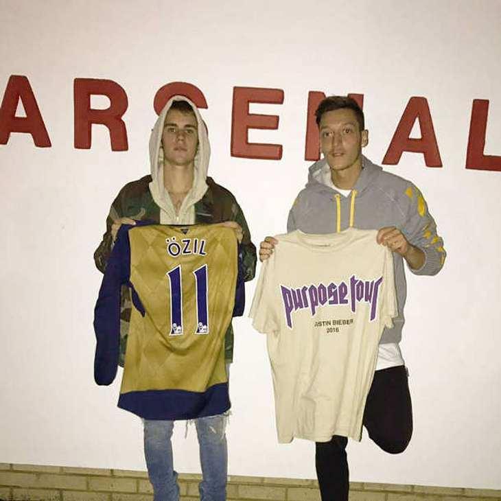 Mesut Özil Justin Bieber Trikot