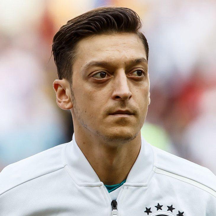Mesut Özils Vater findet klare Worte