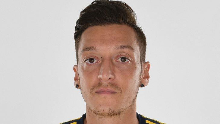 Mesut Özil: Verhaftungen vor seinem Haus
