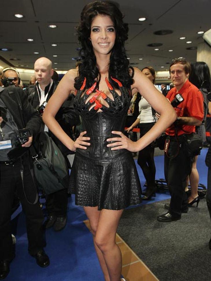 Sie fährt auch schonmal die Krallen aus: die 29-Jährige bei der Venus Erotik-Messe 2010.