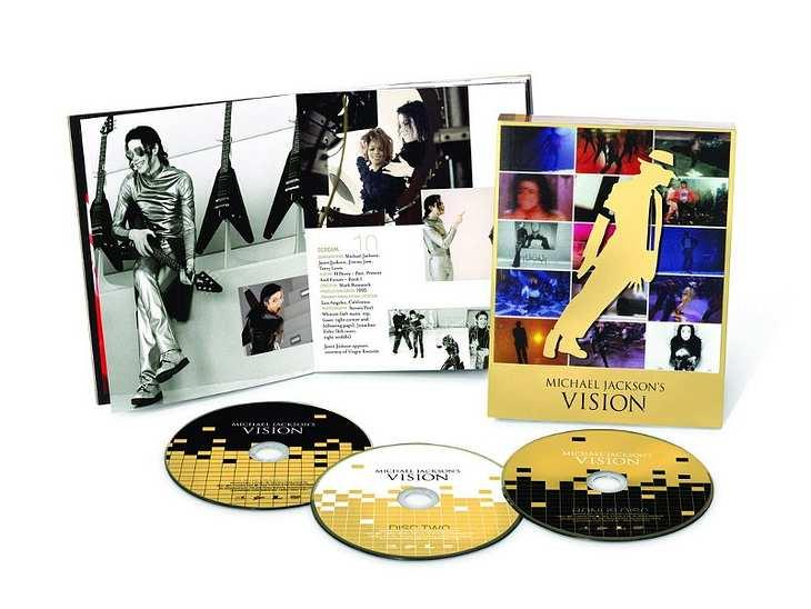 """Auf """"Michael Jackson's Vision"""" finden sich mehr als 40 Video-Clips, in Bild und Ton komplett überarbeitet. Zehn davon waren bisher nicht auf DVD erhältlich, eines der Videos könntIhr zum ersten Mal bewundern: das Video zu """"On"""