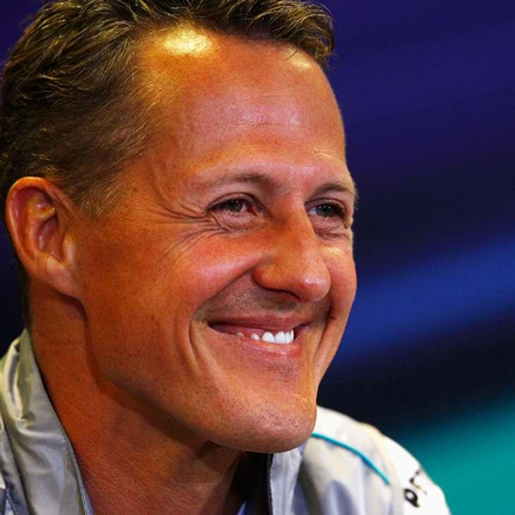 Michael Schumacher wird mit einem Bambi geehrt