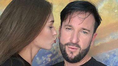 Michael Wendler: Die Fans lachen über Freundin Laura - Foto: Instagram/@lauramuellerofficial