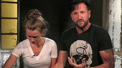 Laura Müller legt eine traurige Familienbeichte ab - Foto: TVNOW