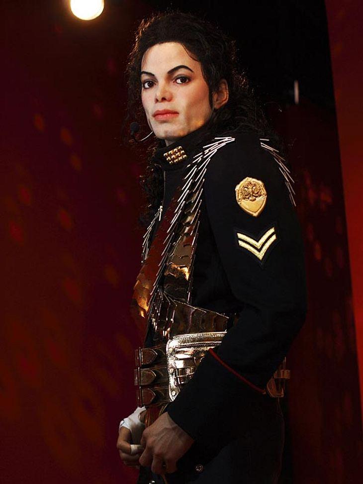Stars bei Madame Tussauds: Die Wachsfigur von Michael Jackson  zeigt ihn in den Klamotten, die er zu seiner Comeback-Tour tragen wollte.