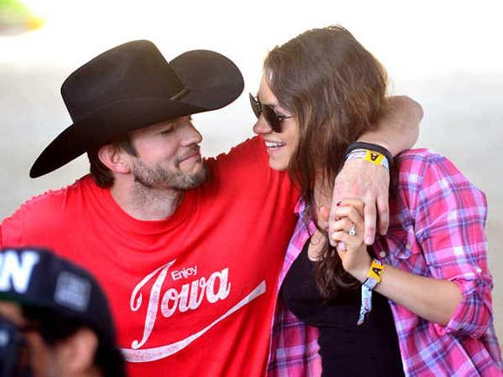 So süß knuddelten sie auf einem Country-Festival!