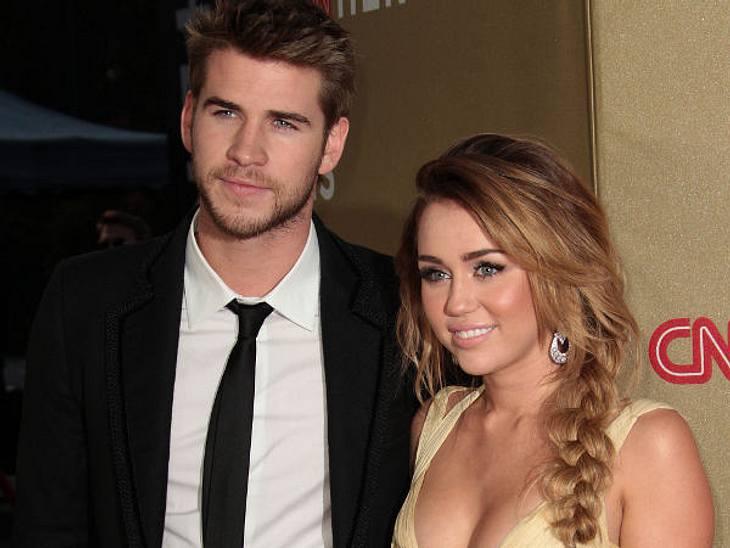 Ist Liam Hemsworth seiner Verlobten Miley Cyrus etwa untreu geworden?