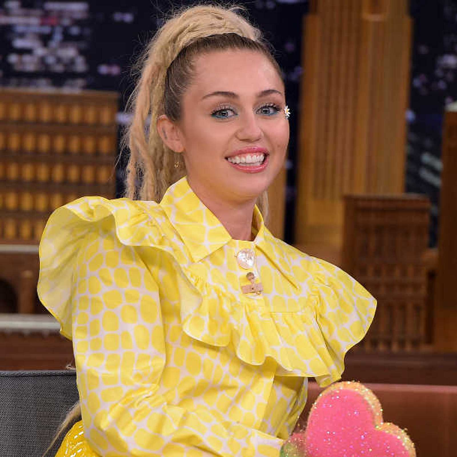 Miley Cyrus plant Nackt-Show mit Flaming Lips! | InTouch