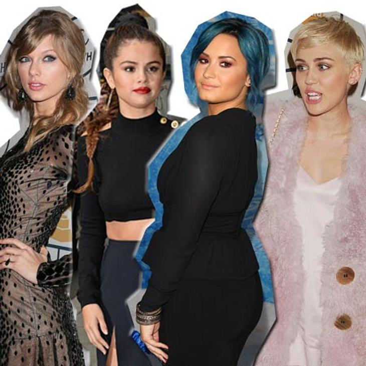 Selena glaubt, dass Justin Bieber sie mit Miley betrogen hat.