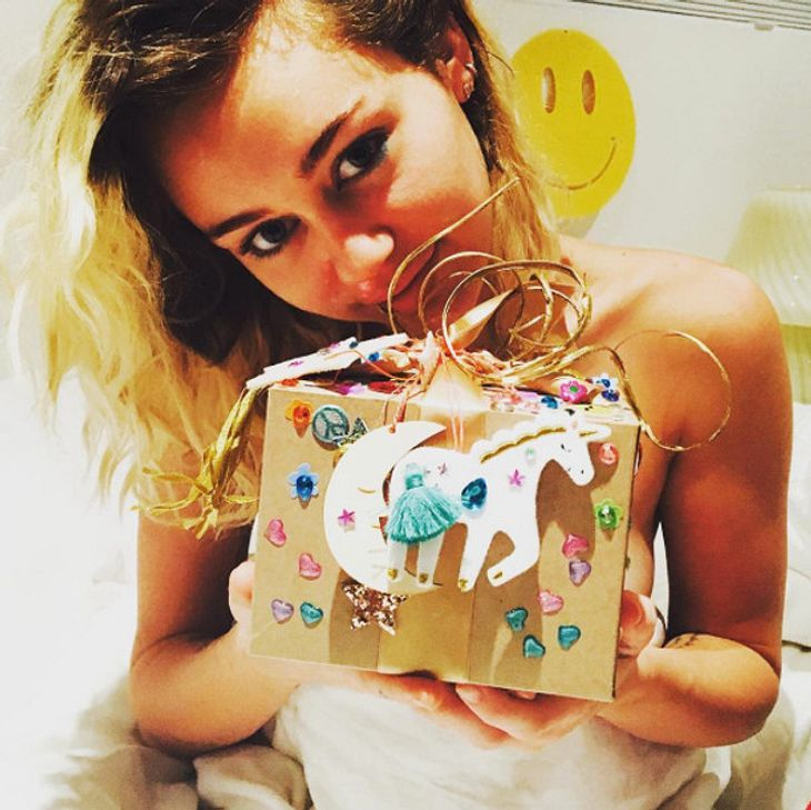 Miley Cyrus ist total happy über ihr Geburtstagsgeschenk von Liam Hemsworth