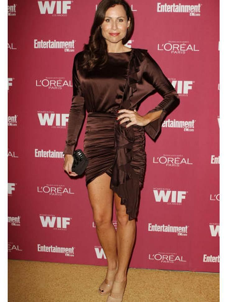 Star-Style: Die größten Fashion-Fiaskos im SeptemberRaff-Rausch Schauspielerin Minnie Driver in einem wirklich hübschen Kleid. Wäre da nicht dieses viel zu kurze, geraffte Durcheinander am Rockteil passiert.