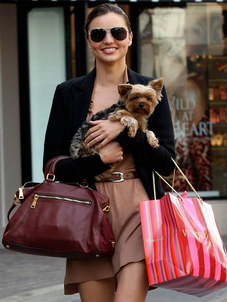undefined Shopping de luxe: Diese Stars verprassen ihre Kohle