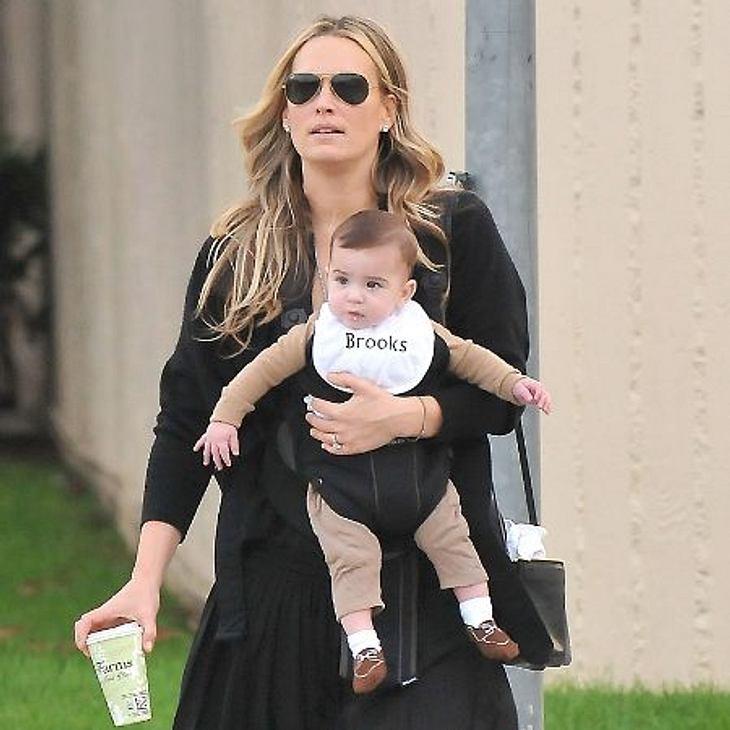 """Jahresrückblick 2012 - Die schönsten Momente der StarsDer Juni 2012 bescherte Molly Sims Babyglück. Söhnchen Brooks Alan wurde geboren.Auch """"Victoria's Secret Model""""- Lily Aldridge ist Mutter der kleinen Dixie geworden."""