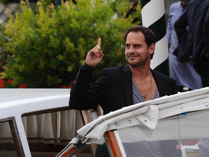 Moritz Bleibtreu kam mit dem Boot zur Veranstaltung - total cooler Auftritt.