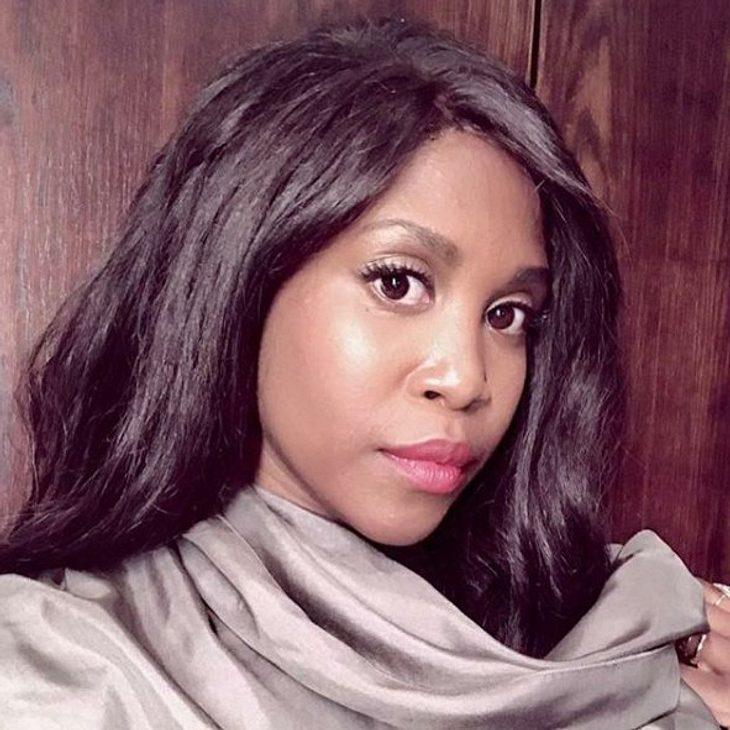 Motsi Mabuse präsentiert ihre natürliche Haarpracht