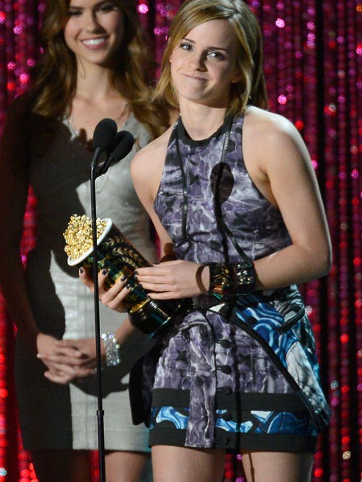 """MTV Movie Awards 2012: Die Highlights""""Harry Potter""""-Star Emma Watson (22) war ganz gerührt über ihre Auszeichnung - so lange nach dem letzten Drehtag von """"Harry Potter""""."""
