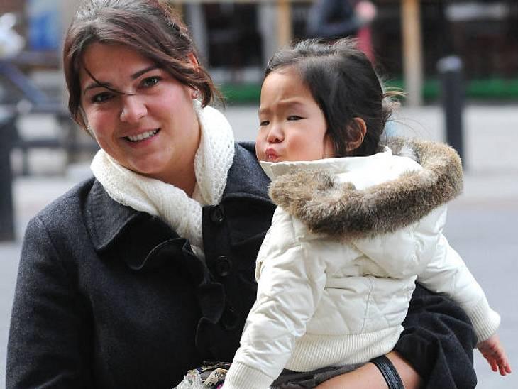 Die Nannys der VIP-KidsDie Tages-Mutter: Die kleine Naleigh ist die Adoptivtochter von Katherine Heigl. Anders als üblich hat sie nur eine Tagesmutter. Sechs Stunden am Tag kümmert sich die Nanny um Naleigh. Am Abend übernimmt Katherine sel