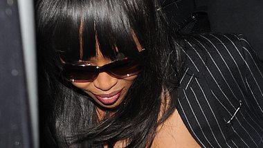 Ups! Naomi Campbell zeigt ihren Busen - Foto: Will Alexander/WENN.com